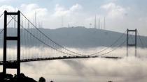 İSTANBUL'DA SİS ETKİLİ OLDU