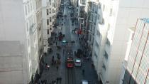 Taksim'de yoğun kalabalık görüntülendi