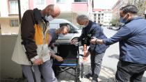 Başkan Poyraz'dan engelli vatandaşlara ziyaret