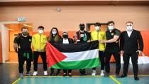 Olimpiyatlara hazırlanan Filistinli sporculara büyük jest