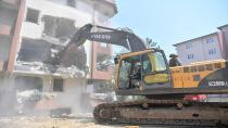 Tuzla'da Hasarlı 37 Bina Daha Yıkılıyor